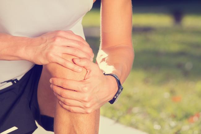 térdízületi fájdalom esetén mit kell szedni)