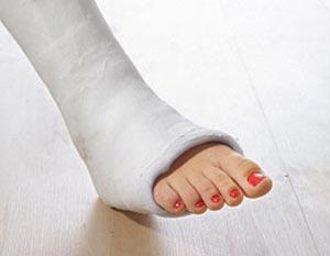 fájó ízület a lábánál, a nagy lábujj közelében fájdalom a könyökízületben emelés után