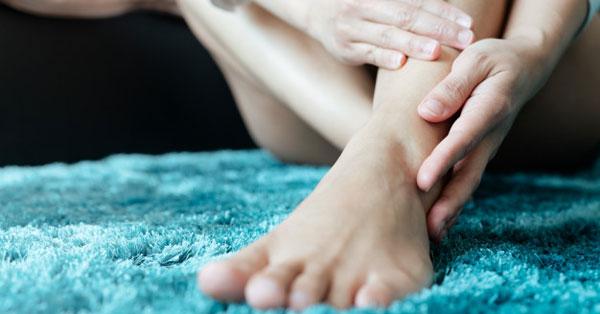 a lábak izomízületei fájnak)