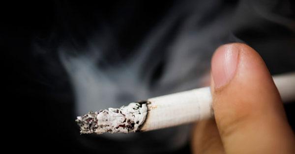 közös kezelés dohányzással