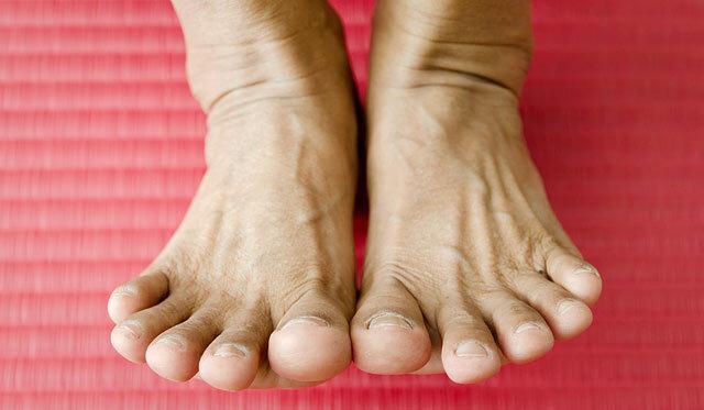 fájdalom a lábak ízületeiben, mint enyhíteni a boka ízületi gyulladása 3 fok