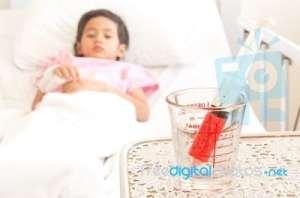 a térdízület ízületi gyulladásának kezelése külföldön
