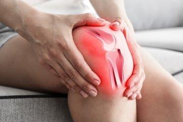 térdfájdalom lapos lábakból)
