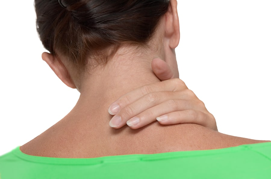 fájdalom a vállízületben a nyaktól)