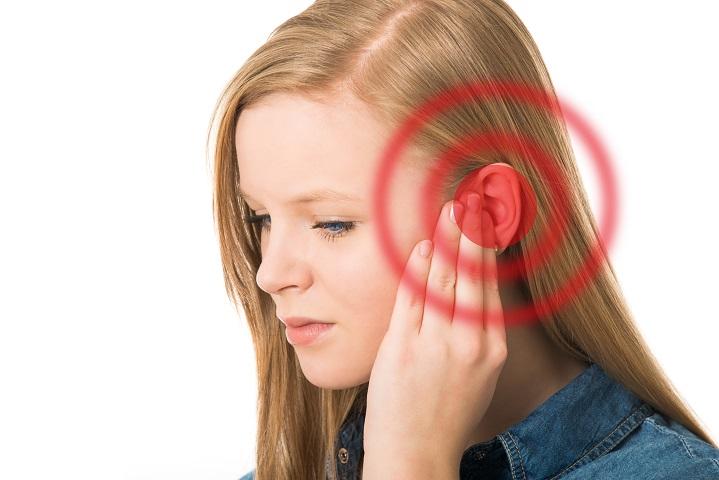 zaj a fülben és ízületi fájdalom
