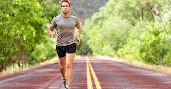 miért fáj a térdem ha futok