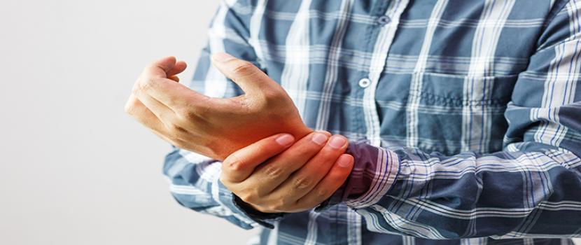 kopásos eredetű ízületi bántalmak csípőprotézis fájdalom éve