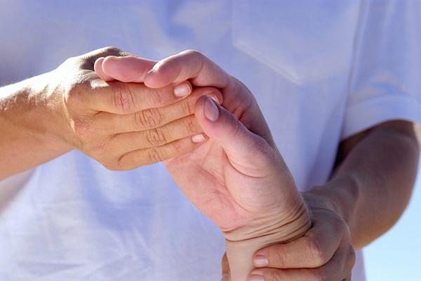 Az ujjak ízületi gyulladása: tünetek és megfelelő kezelés - Plex
