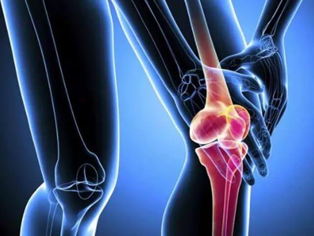 térdrugás és fájdalom kezelése
