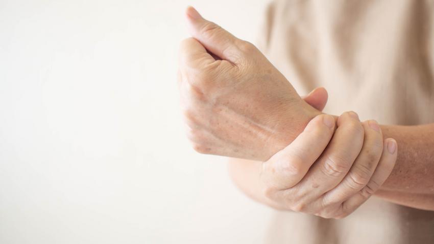 ízületi ligamentosis kezelés a középső ujj ízületének ízületi gyulladása