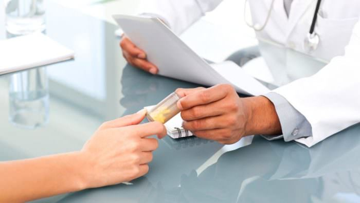 a térdízület kezelésének villonodularis szinovitisz)