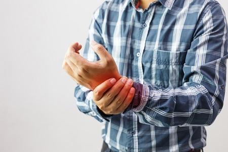 mit fájhatnak a térdízületek