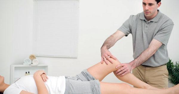 hogyan lehet kezelni a kar ízületi fájdalmait)