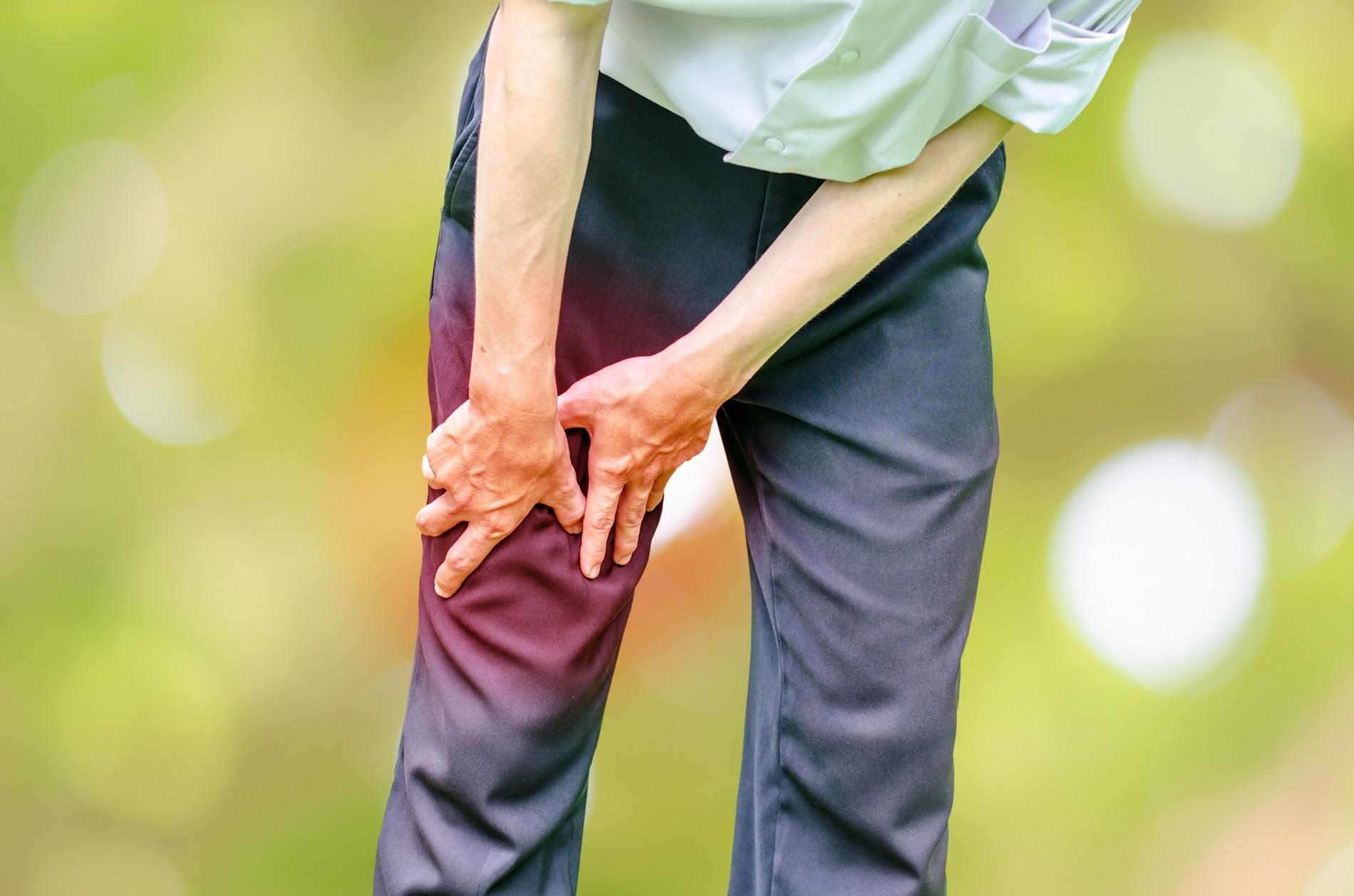 mely orvos kezeli a térdfájdalmakat