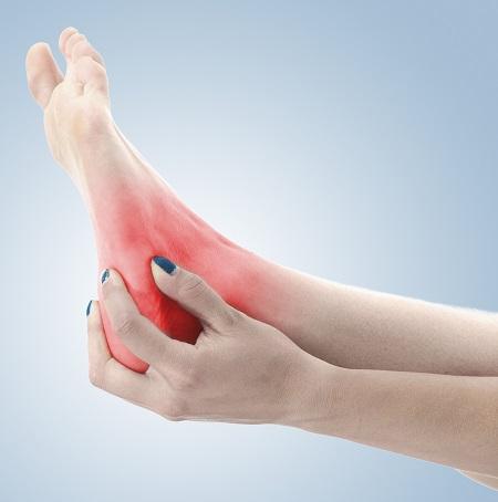 tömöríteni a boka fájdalma