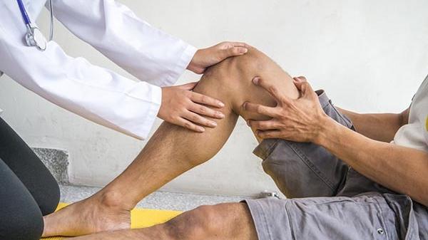 feltételezett ízületi sérülések állítsa le a térdfájdalmat