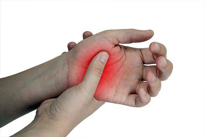 oka az ujjak ízületeinek gyulladása