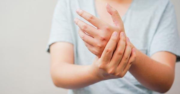 miért duzzadnak a lábak a csípőtörés után oris ízületi kezelés