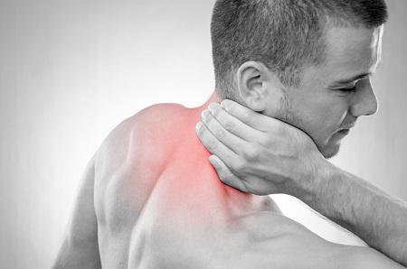 fájdalom van a vállízületben és a nyakon